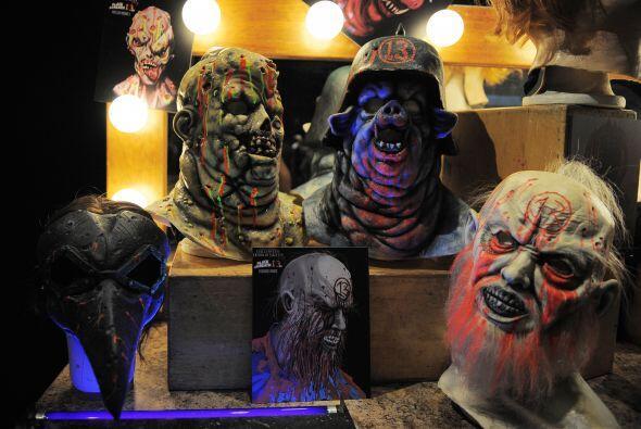 En las tiendas seguro encontrarás buen material para tu atuendo de noche...