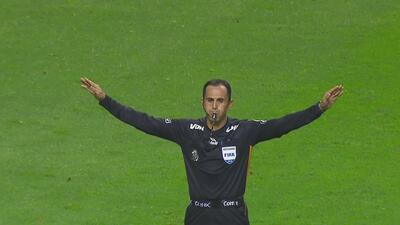 Las malas decisiones arbitrales fueron las protagonistas de la décima jornada de la Liga MX