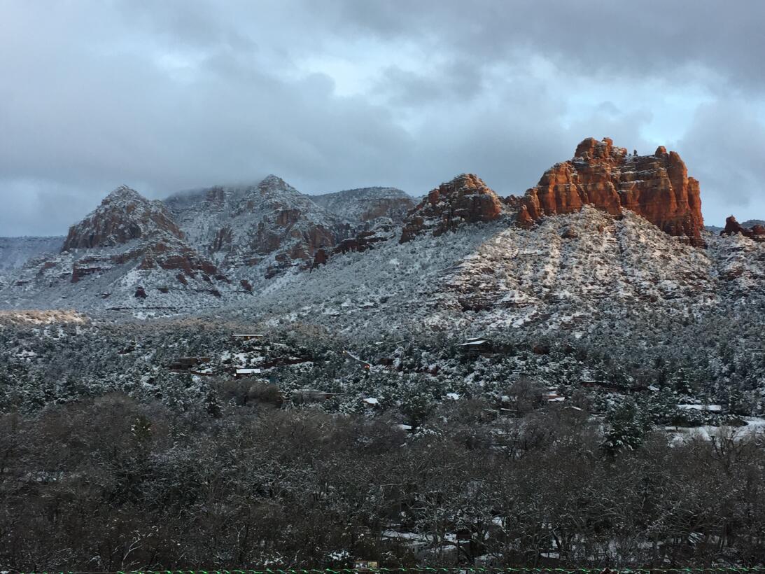 Sedona, un pequeño pueblo al norte de Arizona que se viste de blanco