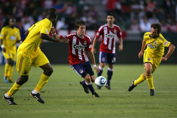 Chivas USA demostró que está en franca mejoría y le pegó al líder del Es...