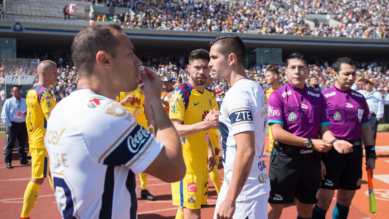 Lesiones insólitas de futbolistas al celebrar un gol 20180121-5373.jpg