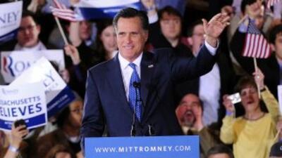 El aspirante republicano Mitt Romney obtuvo una cómoda victoria en la pr...