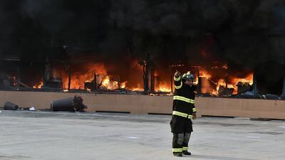 Incendian el Palacio de Gobierno de Guerrero