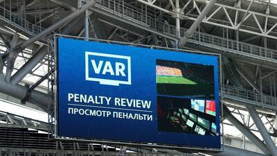 Así fue el debut oficial del VAR en los Mundiales en el partido entre Francia y Australia