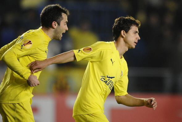 Los italianos comenzaron poniéndose en ventaja con un gol de Hamsik, per...
