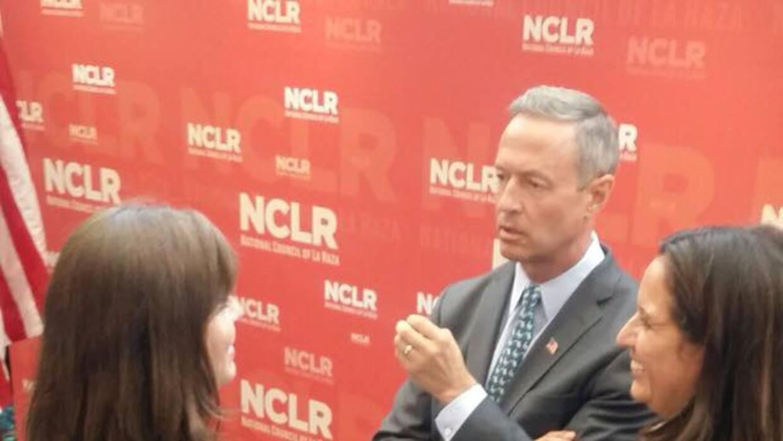 Domenzain (dcha) junto a O'Malley en un evento de activistas latinos