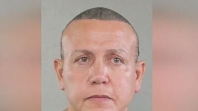 Sospechoso de enviar paquetes explosivos a demócratas se presentará en una corte de Miami