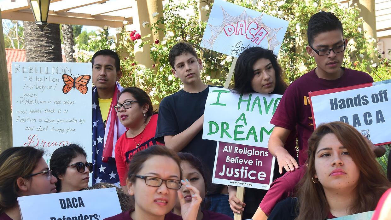 Un grupo de dreamers durante una manifestación de apoyo a la Acción Ejec...