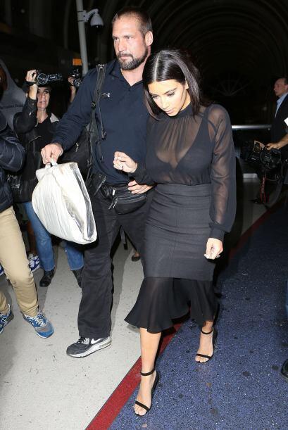 En realidad Kim y Kanye se ven muy enamorados.Mira aquí más videos de Ch...