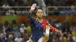 Gabby Douglas es doble campeona olímpica (concurso abierto y por equipos...