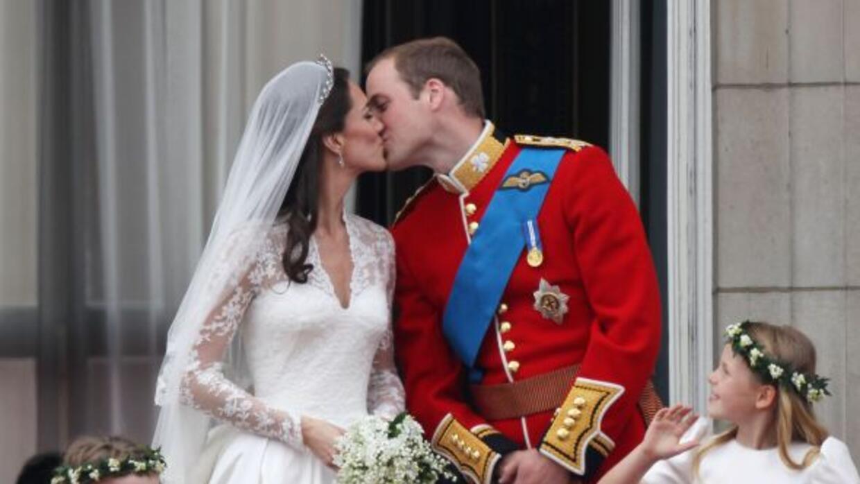 El beso de Guillermo y Catherine