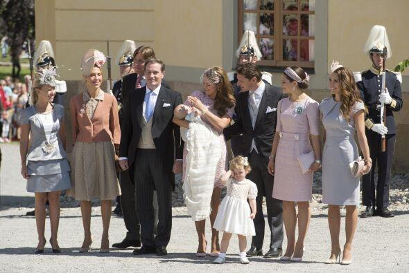 La celebración de la pequeña Leonor contó con 160 i...