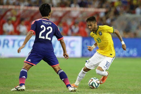 El buen momento del brasileño se ha visto reflejado con su selección con...
