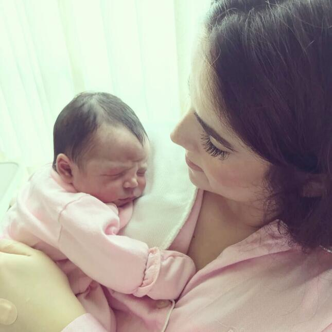 Vicente Fernández se convirtió en bisabuelo por primera vez