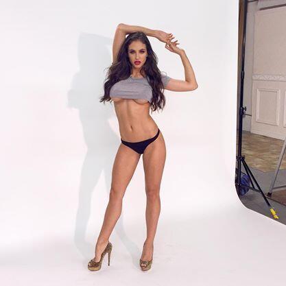 La bella modelo californiana ha publicado que ellas es fanática de la se...