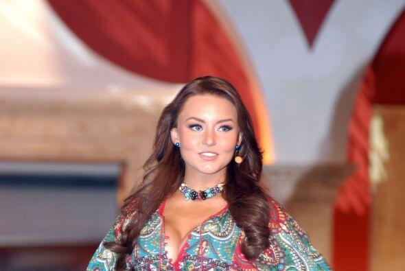 Era la más atractiva del pueblo y también de las telenovelas. con este a...