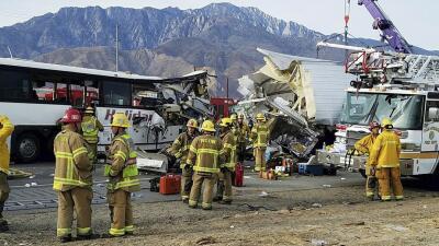 Accidente de autobús en Palm Springs deja múltiples muertos y heridos