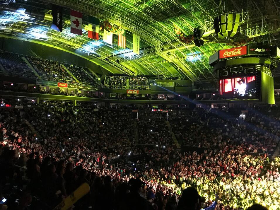 Celebra La Leyenda 22 años de trayectoria con un mega concierto norteño