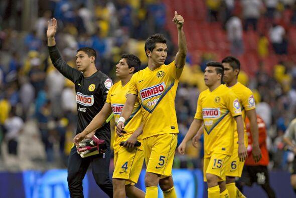 5 Jesús Molina  Ingresó al encuentro al minuto 62 por Martínez que tuvo...