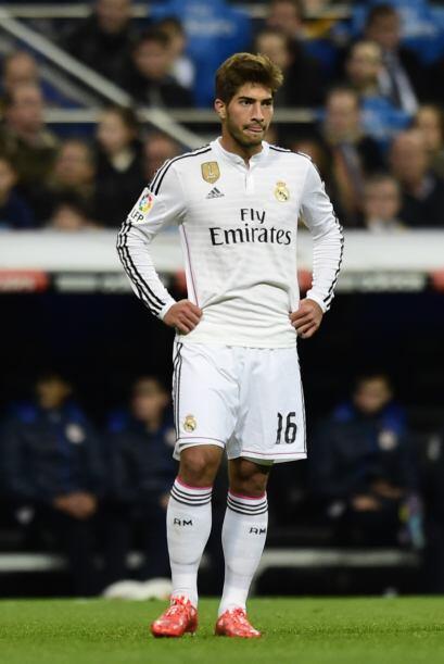 El que hizo su presentación como jugador del Real Madrid fue Lucas Silva...
