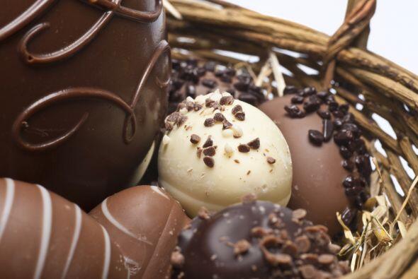 "Solemos considerar a los huevos de Pascua como un alimento ""prohibido"",..."