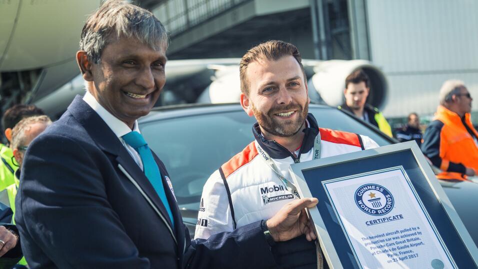La Porsche Cayenne entra al Libro Guinness de los Récords Mundiales tras...