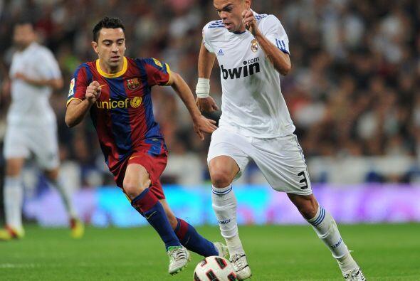 Pepe jugó como medio de contención o tercer central. Lo hizo bien e incl...