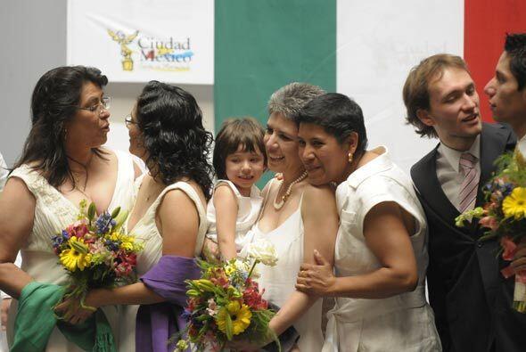 Este 11 de marzo se llevaron a cabo en el DF las primeras cuatro bodas d...