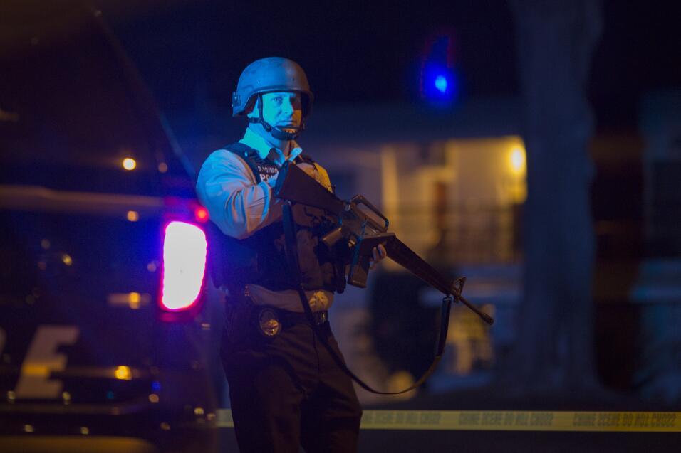 Hispanos consternados por tiroteo en California  sanbernardino13.jpg