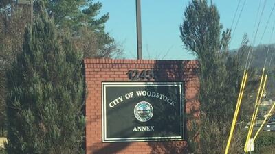 Alarma por amenaza de tiroteo en dos escuelas de Woodstock