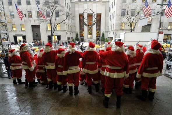 Este mes de diciembre, Nueva York cuenta con la visita de muchos Santa C...