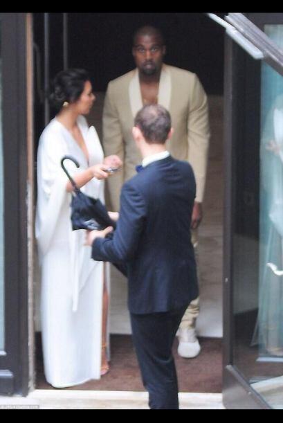 Kim y Kanye fueron los primeros en salir para hacer rendir su día con lo...