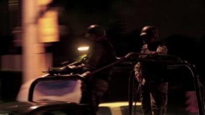 Elementos del ejército mexicano se enfrentaron a un grupo de sicarios en...