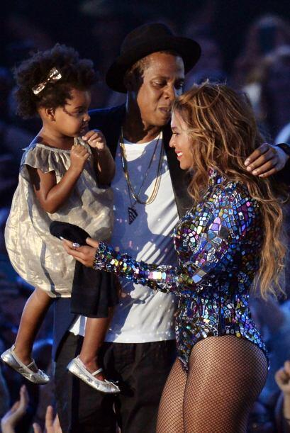 La noche tan especial llegó al climax cuando Jay Z y la pequeña Blue Ivy...