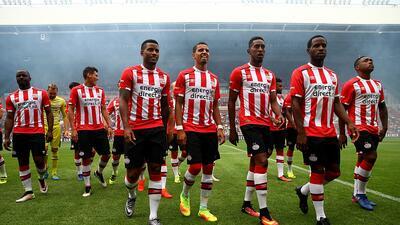 PSV derrotó al Excelsior con gran actuación de Guardado