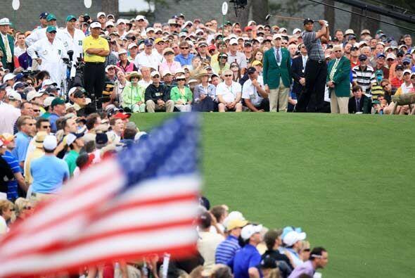 Tiger Woods regresó al golf tras se escándalo de adicci&oa...