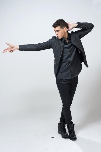 Zabdiel de Jesús es un artista innato: es músico, cantante y bailarín de...