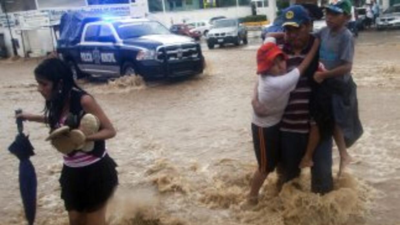 Al menos 122 municipios de Guerrero no han podido recibir ayuda para los...