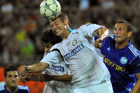 Ambos equipos se hicieron presentes en el marcador para empatar a un gol...