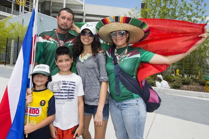 La belleza tica y mexicana se robó todas las miradas en Orlando.