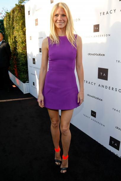 Gwyneth Paltrow modernizó su 'look' del pasado con unas sandalias naranj...