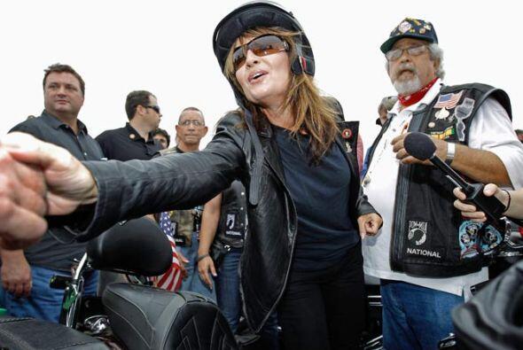 Así, Palin se despidió de sus seguidores para iniciar su gira.
