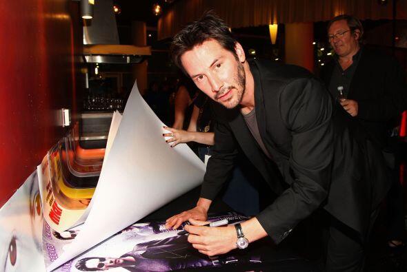 Keanu Reeves Mira aquí lo último en chismes.