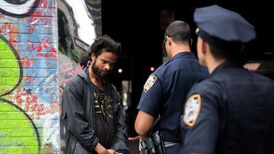 Una detención policial en Brooklyn, Nueva York.