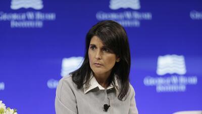 Nikki Haley, embajadora de EEUU ante la ONU, durante su intervención en...