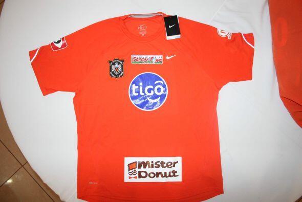 El Deportivo Aguila presentó oficialmente su nuevo uniforme. (Cortesía:...