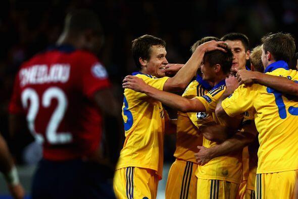 En otra de las sorpresas de la jornada, el BATE Borisov ucraniano superó...