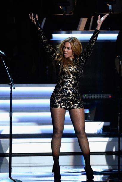 Sobre el escenario también luce encantadora. Beyoncé sí que es talentosa...