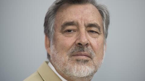 El candidato presidencial chileno, Alejandro Guillier, durante una entre...
