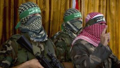 Las Brigadas Azedin Al Kasem, brazo armado de Hamás, admitieron que han...